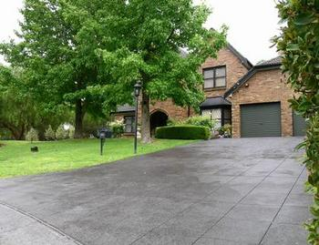 Paving - Pebble - Domestic or Commercial Listing